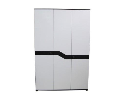 Шкаф Николь 3-х дверный