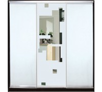 Шкаф-купе  Класик 3-х дверный зеркало с рисунком пескоструй